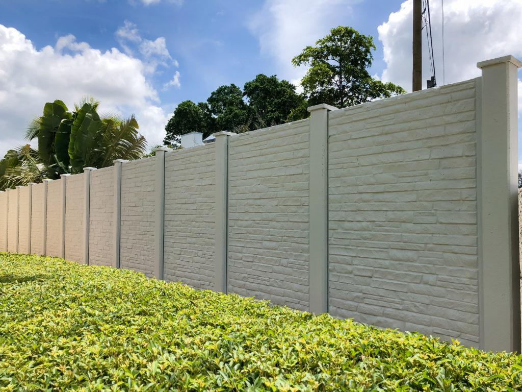 Permacast precast concrete fence - Permafence 6