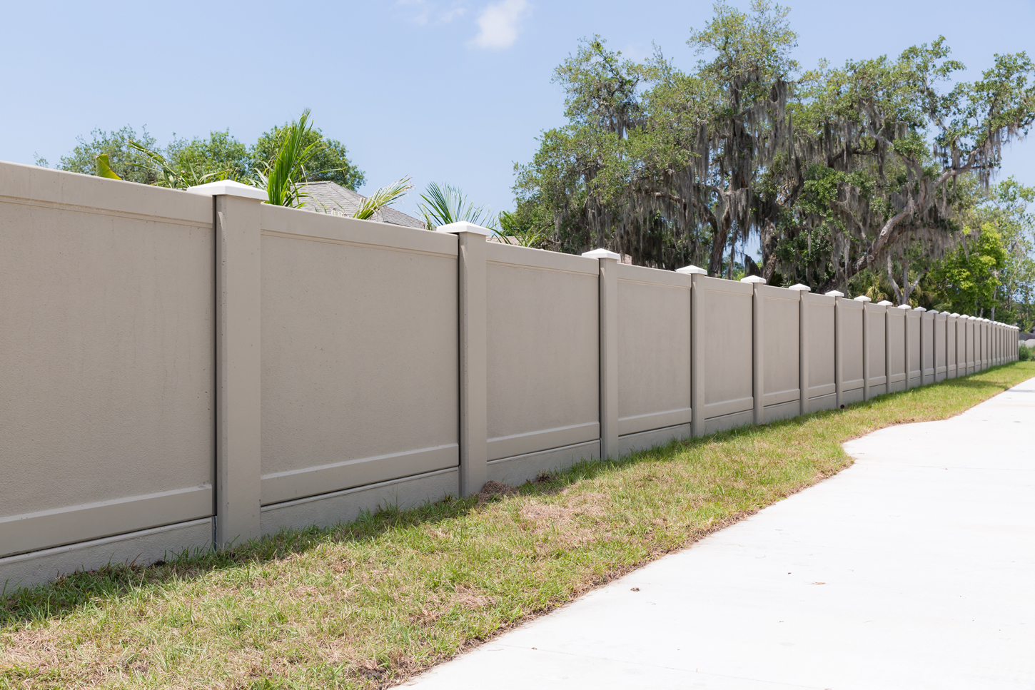 What People Look For In A Gated Community Retaining